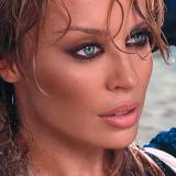 KylieMinogue-Sing41RedBloodedWoman